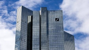 Panne bei Geldtransfer-Prüfung der Deutschen Bank