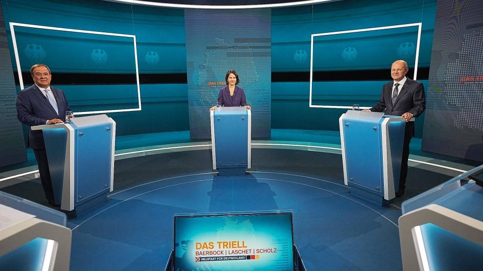 Die Kandidaten bei der Fernsehdiskussion Ende August