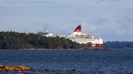 Finnland-Fähre in der Ostsee auf Grund gelaufen
