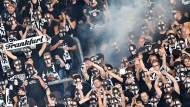 Die Eintracht in der Hand der Ultras