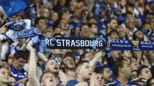 Fans des Fußballklubs Racing Straßburg während der Erstliga-Partie gegen Olympique Lyon im Mai 2018