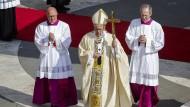 Papst verurteilt Anschlag auf Buskonvoi in Syrien
