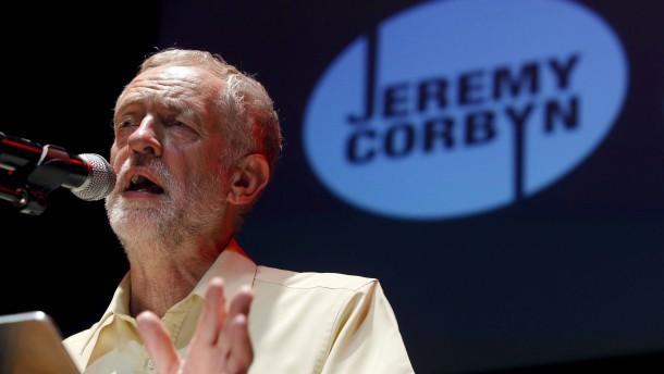 Favorit Corbyn verspricht radikale Wende