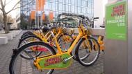 Eine runde Sache: Die Leihräder der Mainzer Verkehrsgesellschaft soll es demnächst auch in Wiesbaden geben.