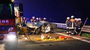 Geisterfahrerin stirbt bei Zusammenstoß auf der A7