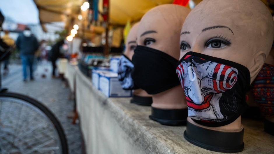 Auch in Berlin werden Masken verkauft.