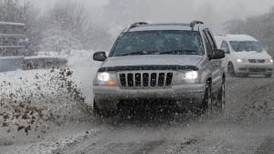 """Winter und """"Shutdown"""" bremsen amerikanischen Automarkt"""