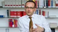 Kommt wie die meisten um den täglichen Gebrauch von Google nicht herum: Bundesjustizminister Heiko Maas (SPD)