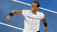 Rafael Nadal lässt seine Freude nach verwandeltem Matchball gegen Gael Monfils raus.