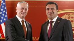 Mattis warnt Russland vor Einmischung in Mazedonien