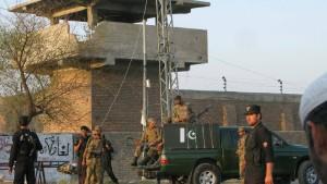 Taliban befreien Hunderte Häftlinge