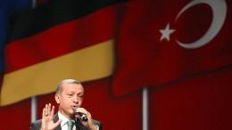 Abgeordnete boykottieren Bankett mit Erdogan