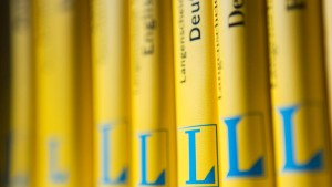 Gelb steht für Langenscheidt