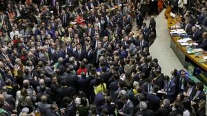 Brasiliens Präsidentin verliert Votum zur Amtsenthebung