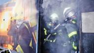 Auch Feuerwehrmänner sind Angestellte des öffentlichen Dienstes.