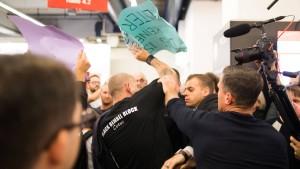 Tumulte bei Höcke-Auftritt auf der Frankfurter Buchmesse