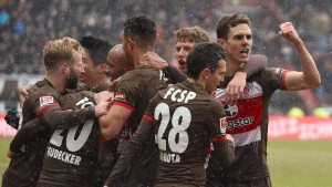 St. Pauli mit Willensleistung zum Sieg
