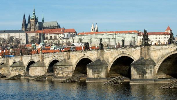 Hackerangriff auf Prager Regierung offenbar größer als gedacht