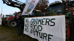 Bauern protestieren gegen Agrarpläne