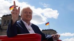 Seehofer: Merkel muss mehr tun