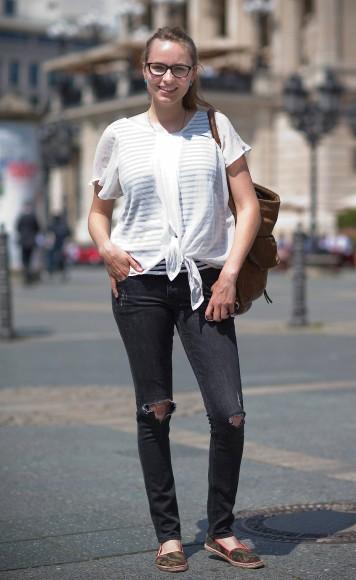 Gut, nicht alle Löcher von Neles Jeans sind so, wie H M sie gerissen hat fc99bfcfc6