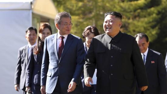 Moon und Kim demonstrieren Einigkeit