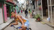 Brasiliens Wirtschaftskrise macht nicht nur der Politik zu schaffen: Auch die Armut der Bevölkerung nimmt durch die Rezession stark zu.