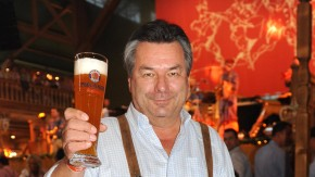 Waldemar Hartmann präsentiert Buch