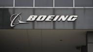 Das Boeing-Logo am Hauptsitz in Chicago.
