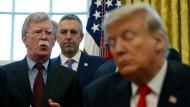 Viel zu erzählen: Bolton, Pompeo und Trump im Oval Office im Februar 2019