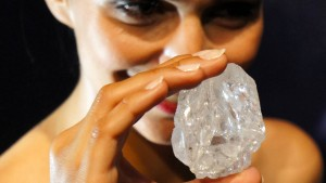 Sotheby's versteigert weltgrößten Rohdiamanten
