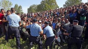 Flüchtlinge drängen nach Kroatien