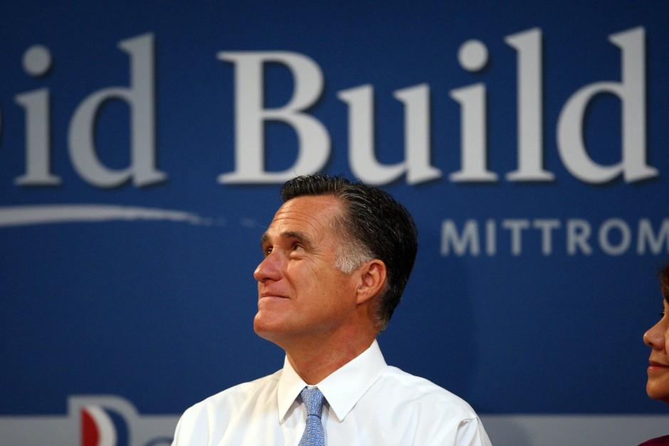 Etwas zu verbergen? Herausforderer Mitt Romney bei einer Wahlkampfveranstaltung in Costa Mesa, Kalifornien