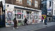 For Sale? Viele in der Brick Lane befürchten den Ausverkauf des East End, des östlichen Stadtteils von London.
