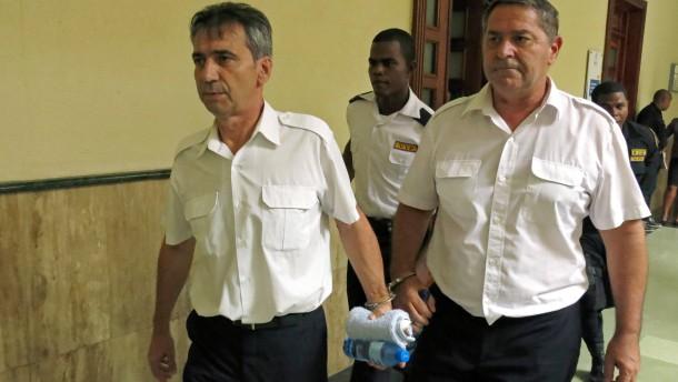 Verurteilte Piloten fliehen aus der Karibik nach Frankreich