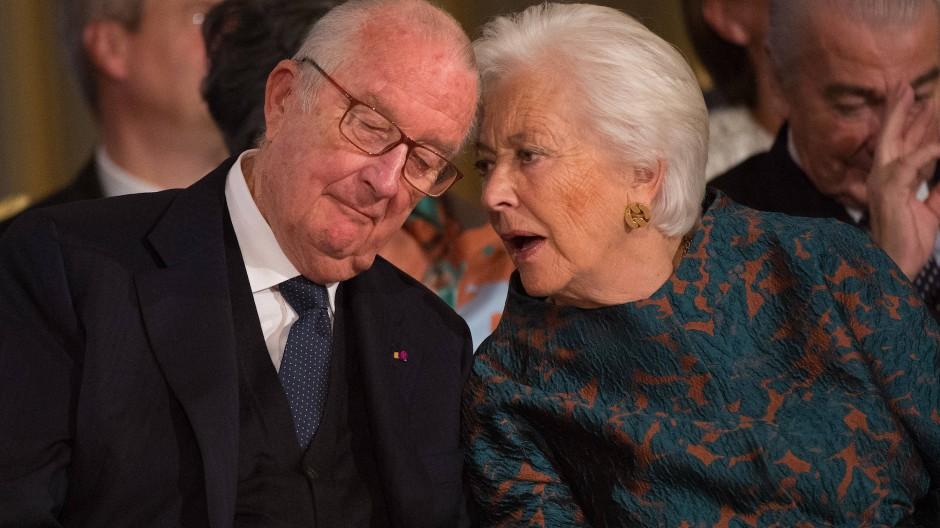 Der frühere belgische König Albert II. mit seiner Fraun Königin Paolo