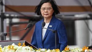 "Taiwans Präsidentin warnt: Bedrohung durch China ""nimmt jeden Tag zu"""