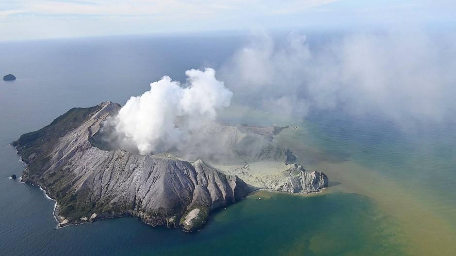 Die Zahl der Todesopfer nach einem Vulkanausbruch auf der neuseeländischen Insel White Island steigt auf 17.