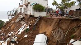 Mehr als 50 Tote nach heftigen Erdrutschen