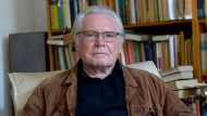 Oskar Negt bei sich zuhause: Philosoph in Hannover