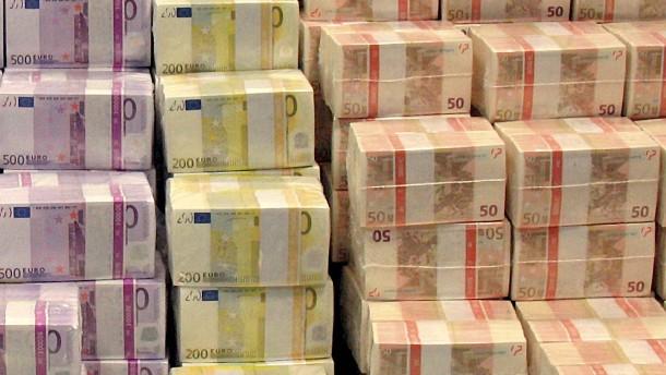 Steuerschätzer: 2012 Zusatzplus von 5,9 Milliarden Euro