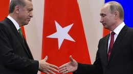 Gemeinsam gegen die Nato