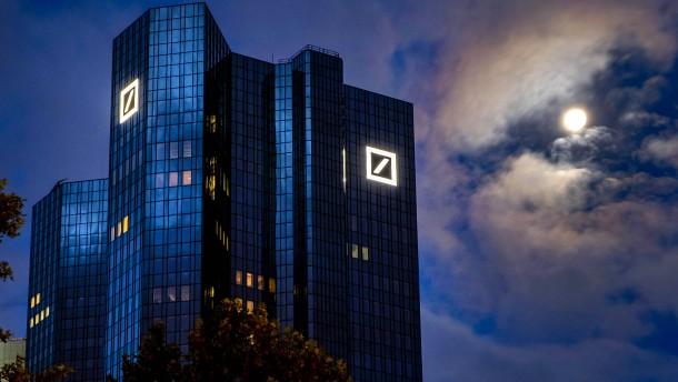 Deutsche Bank springt ausgerechnet im Corona-Jahr über die Gewinnschwelle