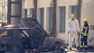 Bild der Verwüstung: die Spurensicherung am Tatort in Verden