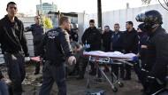Palästinenser verletzt neun Israelis in Tel Aviv