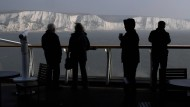 Blick von der Fähre: An den Kreidefelsen von Dover ist Britannien gut 30 Kilometer vom europäischen Festland entfernt.