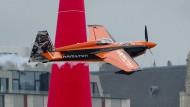 Pilot Nicolas Ivanoff und sein ungewöhnlicher Arbeitsplatz
