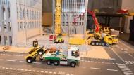Memento: Die vier Meter hohe Lego-Miniatur der Twin Towers