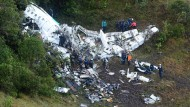 Die Wrackteile des verunglückten Flugzeugs in Kolumbien (Bild vom 29. November).