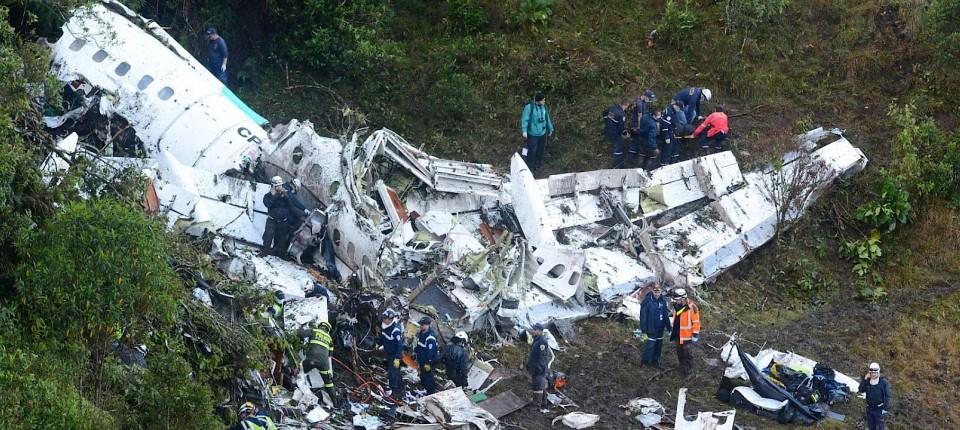 Flugzeugabsturz In Kolumbien Treibstoffmangel Als Ursache Bestätigt